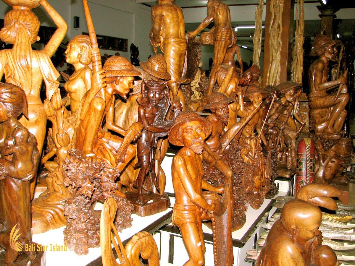 Bali wood carving souvenir sources mas village