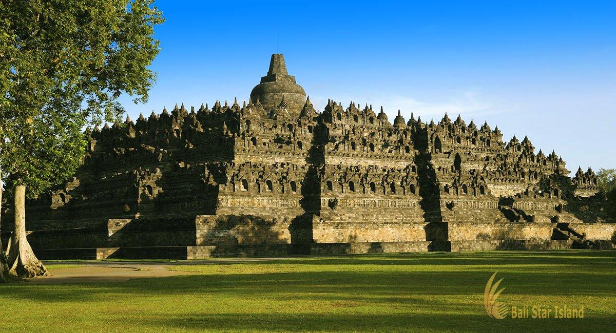 Borobudur Temple Yogyakarta Places Of Interest Central