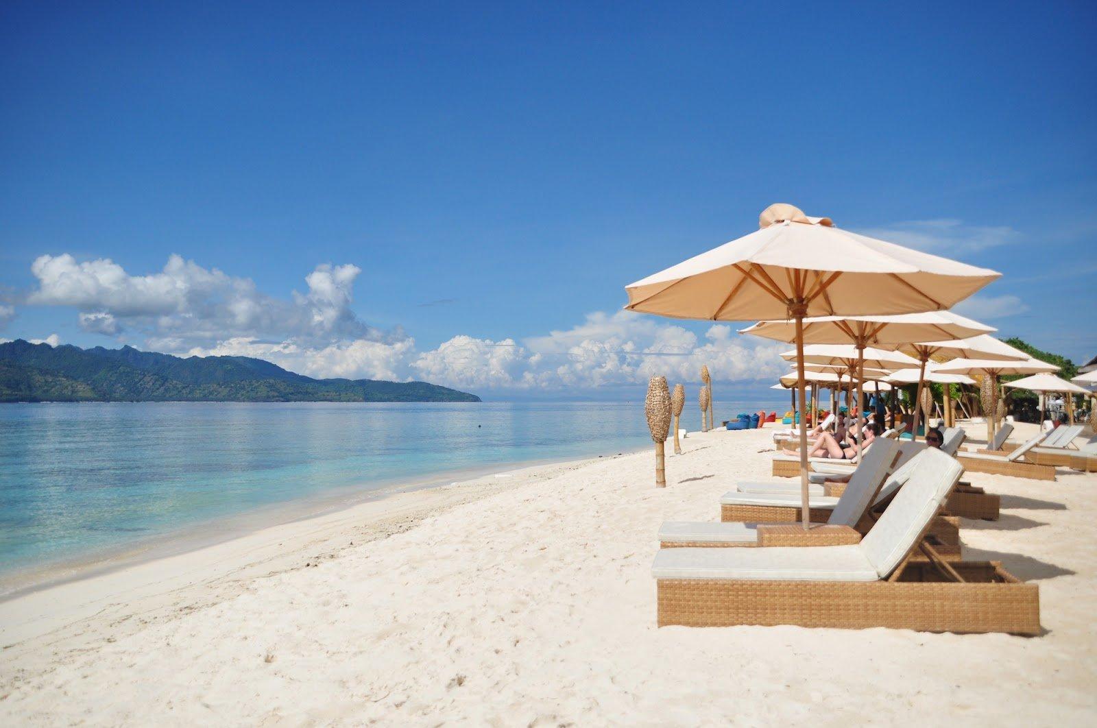 gili trawangan island lombok tourist places bali star island offers bali tours bali tour. Black Bedroom Furniture Sets. Home Design Ideas