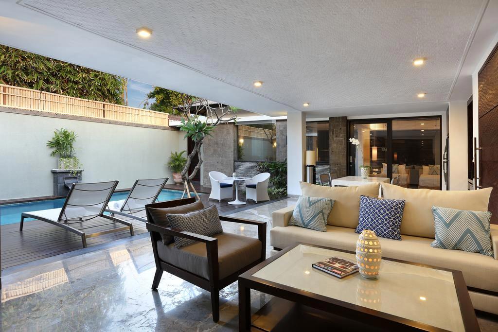 One bedroom studio pool villa peppers seminyak bali for Seminyak villas 1 bedroom
