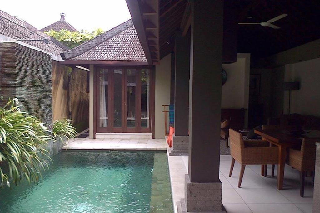 One bedroom pool villa the ahimsa seminyak bali star for Seminyak villas 1 bedroom