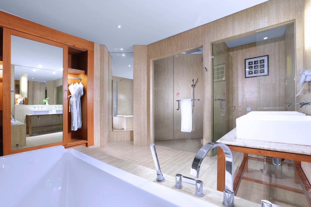 Image Result For Lv Hotel Bali